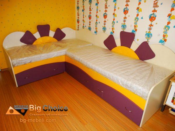 Реализиран проект на ъглови детски легла за момичета D-0032